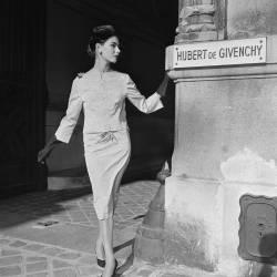 1950's : Fashion (REPORTERS ASSOCIES) - Muzeo.com