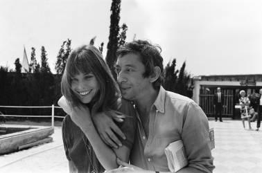 1970's: Jane Birkin and Serge Gainsbourg (REPORTERS ASSOCIES) - Muzeo.com
