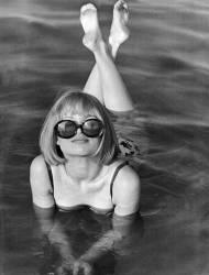 Bain de soleil au Danemark en 1968 (Keystone) - Muzeo.com