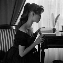 Brigitte Bardot (née en 1934), actrice française. (Gaston Paris) - Muzeo.com