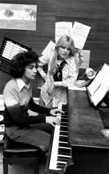 France Gall et Michel Berger au piano (Picot) - Muzeo.com