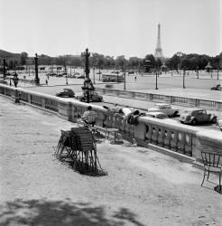 Heat In Paris (Keystone) - Muzeo.com