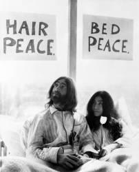 John Lennon et sa femme Yoko Ono en mars 1969 (anonyme) - Muzeo.com
