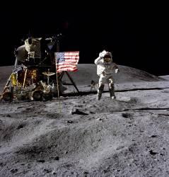 NASA and Navy Veteran John Young (Nasa) - Muzeo.com