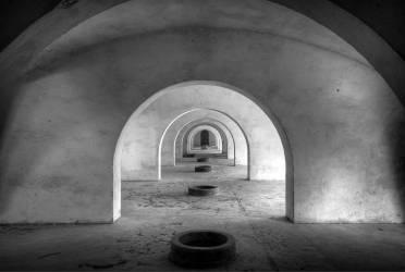 Allée d'un établissement vinicole (Sa Coma, Espagne) (Andy Starflinger) - Muzeo.com