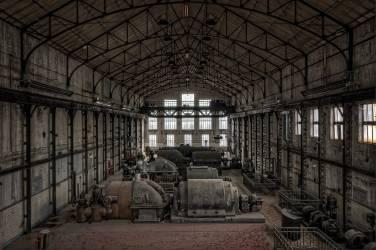 Atelier d'usinage dans une centrale électrique (Zwevegem, BEL, Belgique) (Andy Starflinger) - Muzeo.com