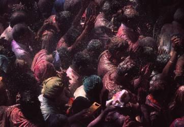 Célébration de la Holi (Fête des couleurs), Inde (Bruni Perousse) - Muzeo.com