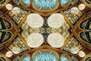 Chandeliers (Ant Smith) - Muzeo.com