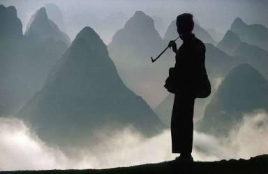 Chine, province du Guangxi, colline de Yangshuo (Meniconzi Alessandra) - Muzeo.com