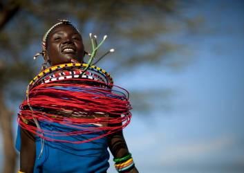 Danse Samburu, Kenya (Eric Lafforgue) - Muzeo.com