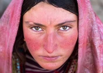 Femme afghane (Eric Lafforgue) - Muzeo.com