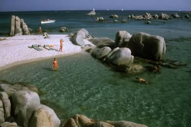 Island Paradise (Slim Aarons) - Muzeo.com