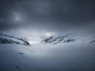 Les Alpes sous la neige (Umberto anonyme) - Muzeo.com
