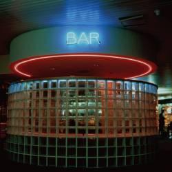 Enseigne lumineuse d'un bar (Carroll Patty) - Muzeo.com