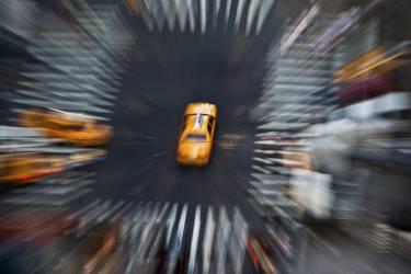 New York - Etats Unis, taxis jaunes sur la 8ème avenue (Michel Setboun) - Muzeo.com