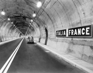 Tunnel sous le Mont-Blanc (Keystone) - Muzeo.com