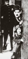 Charlie Chaplin et Jackie Coogan dans