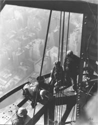 Empire State Building, New York City (Lewis Wickes Hine) - Muzeo.com