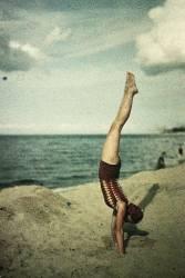 Eva doing a handstand (Friedrich Fritz Paneth) - Muzeo.com