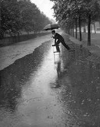 FLOODED MALL (H. F. Davis/) - Muzeo.com