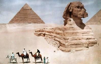 Le grand Sphinx et la seconde, ou Khephren, pyramide, Giza (Hildenbrand Hans) - Muzeo.com