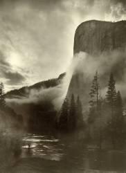 Mist rises as El Capitan towers 3,600 feet above the Merced River, Yosemite National Park, California, USA, 1916 (Gabriel Moulin) - Muzeo.com