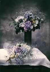 Nature morte aux deux bouquets de fleurs (Claude Ropolo) - Muzeo.com