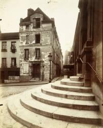 Rue de la Montagne Sainte-Geneviève, Paris (Eugène Atget) - Muzeo.com