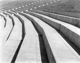 Stade, Mexico (Tina Modotti) - Muzeo.com