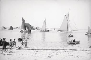 Bateau et bord de mer (Umberto anonyme) - Muzeo.com