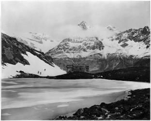 Vue du Lac Noir à Zermatt et du Obergabelhorn (Adolphe Braun) - Muzeo.com