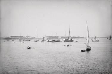 [Bateaux et bord de mer] (Anonyme) - Muzeo.com