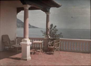 Beaulieu, la villa Salles, cloître (Anonyme) - Muzeo.com