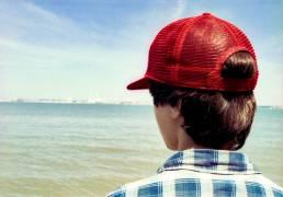 Casquette rouge. (Siran Jerome) - Muzeo.com