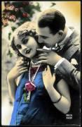 Couple enlacé - carte postale (anonyme) - Muzeo.com