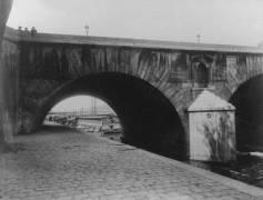Quai d'Anjou, Pont Marie, Paris, 4e Arrondissement (Eugène Atget) - Muzeo.com