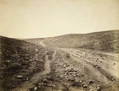 La Vallée de l'Ombre de la Mort (Roger Fenton) - Muzeo.com